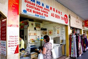 Buying custard puffs & sugar cane juice